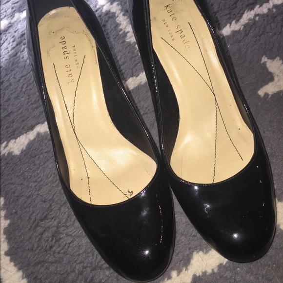 2483bceaffe1 kate spade Shoes - KATE SPADE BLACK PATENT PUMPS SZ 7.5 GUC